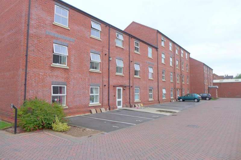 2 Bedrooms Property for sale in Burton Court, Long Eaton