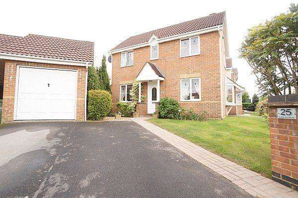 3 Bedrooms House for sale in Guest Avenue, Emersons Green, Bristol, BS16 7GA