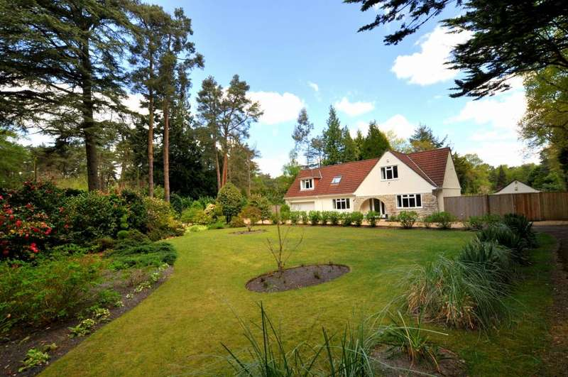4 Bedrooms Detached House for sale in Avon Castle, Ringwood, BH24 2BB
