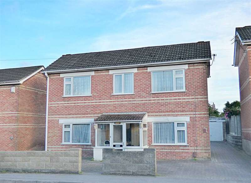 3 Bedrooms Detached House for sale in Large 3/4 Bed Detached House (suit disabled) WITH NO CHAIN - Bournemouth