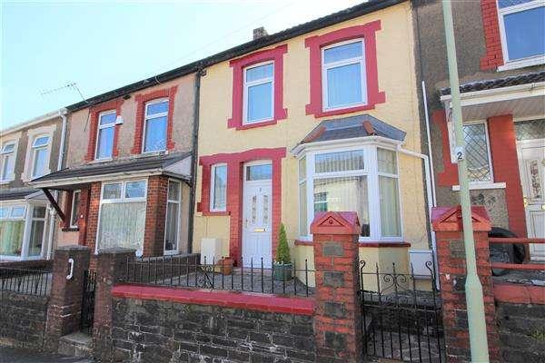 3 Bedrooms Terraced House for sale in Crawshay Road, Penygraig, Penygraig