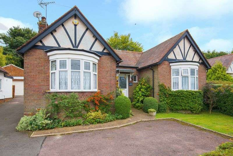 5 Bedrooms Detached House for sale in Tring Road