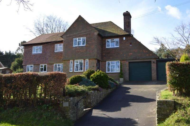 3 Bedrooms Detached House for sale in Wadhurst TN5
