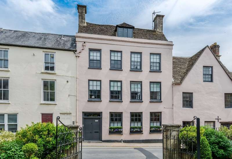 4 Bedrooms Town House for sale in Silver Street, Tetbury