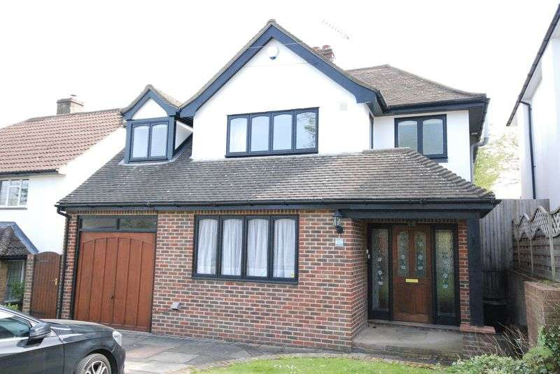 4 Bedrooms Detached House for sale in Dale Wood Road, Orpington