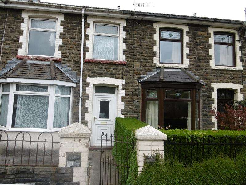 3 Bedrooms Terraced House for sale in Victoria Street, Pontycymer, Bridgend, Bridgend.