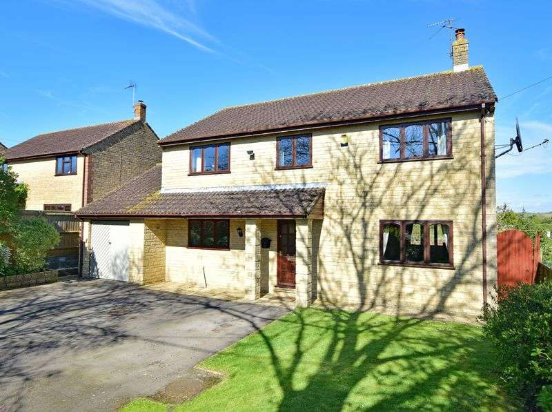 4 Bedrooms Detached House for sale in Milborne Port, Somerset