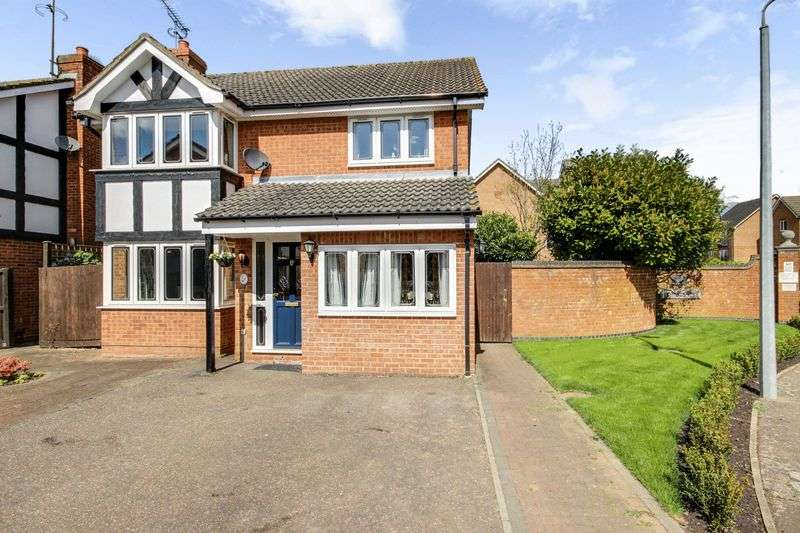 4 Bedrooms Detached House for sale in Peregrine Road, Waltham Abbey