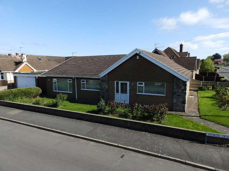 3 Bedrooms Detached Bungalow for sale in Ffordd Dewi, Rhuddlan