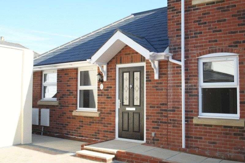 1 Bedroom Bungalow for sale in Mill Hill Road, Cowes.