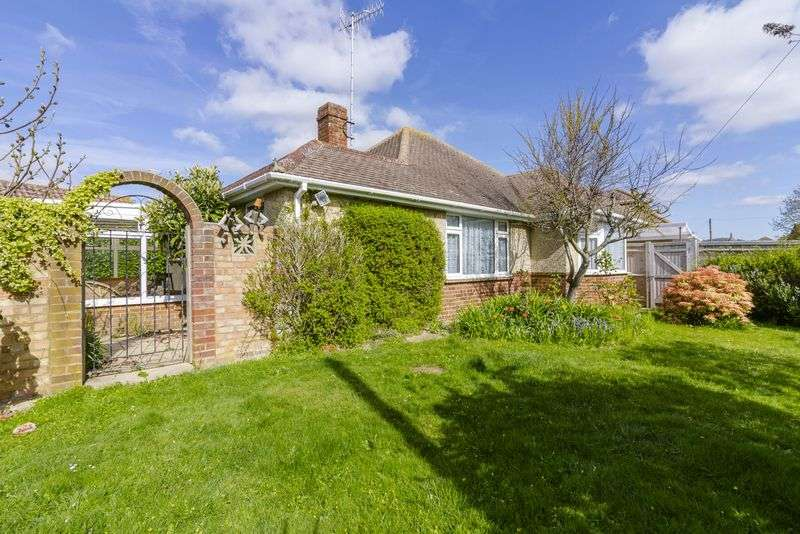 2 Bedrooms Bungalow for sale in Cokeham Lane, Lancing