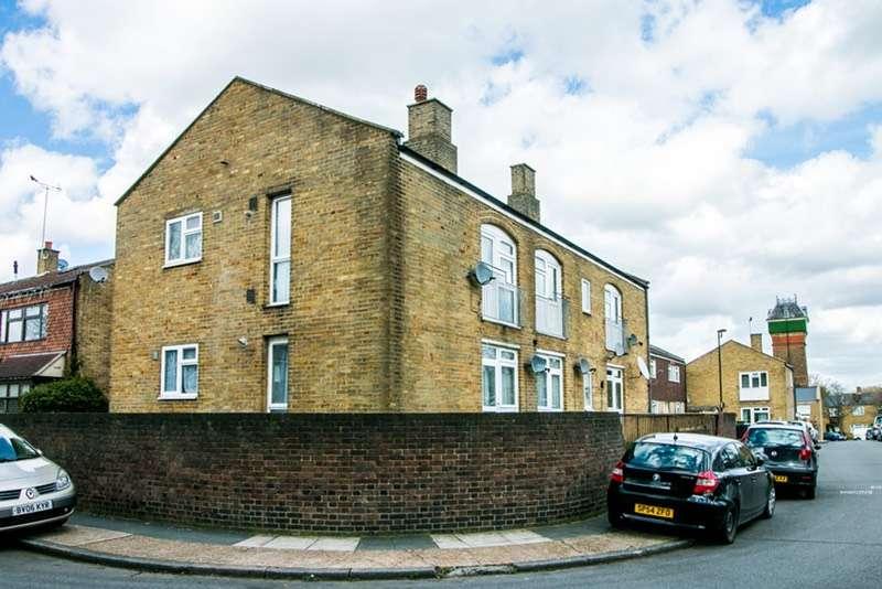 1 Bedroom Flat for sale in Foxborough Gardens, Brockley, London, SE4