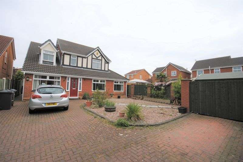 4 Bedrooms Detached House for sale in Carnoustie Close, Wirral