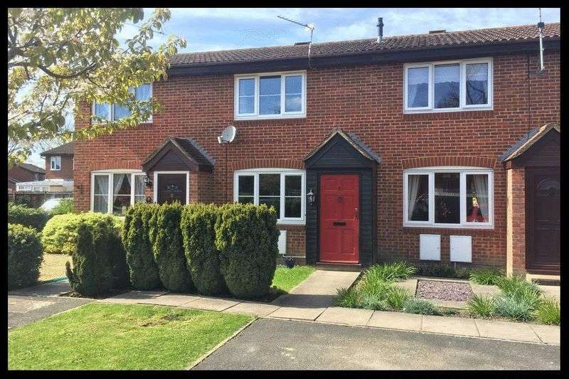 2 Bedrooms Terraced House for sale in Crabapple Close, West Totton