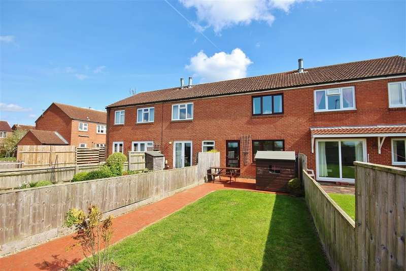 2 Bedrooms Terraced House for sale in Princess Gardens, Grove, Wantage, OX12