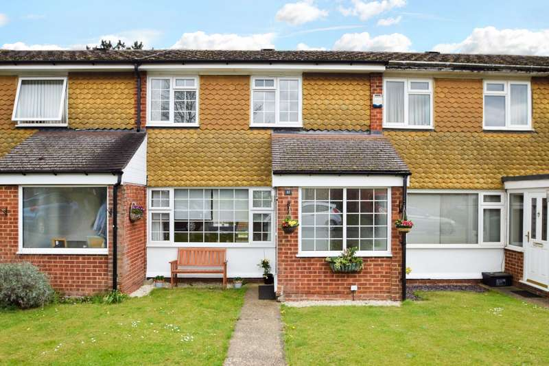 2 Bedrooms Terraced House for sale in Buffins, Taplow, Maidenhead, SL6