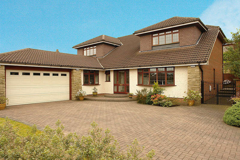 5 Bedrooms Detached House for sale in 3 The Pentlands, High Crompton, Shaw