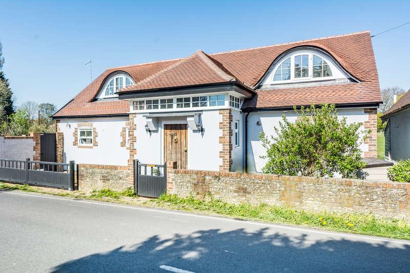 4 Bedrooms Detached House for sale in Lake Lane, Barnham