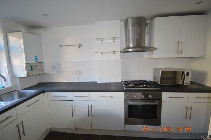 2 Bedrooms Apartment Flat for sale in Adine Road, London
