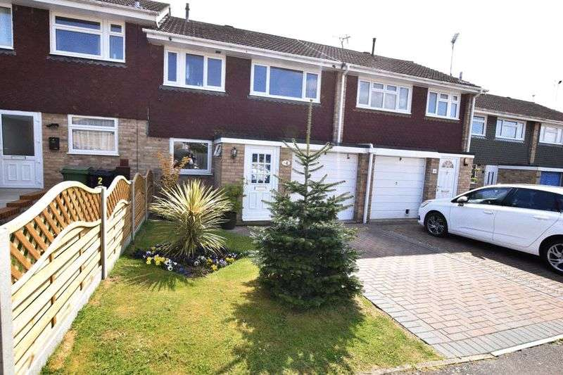3 Bedrooms Terraced House for sale in Cudham Close, Maidstone