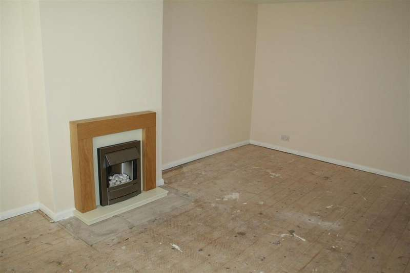 2 Bedrooms Semi Detached Bungalow for sale in Llys Tudur, Towyn