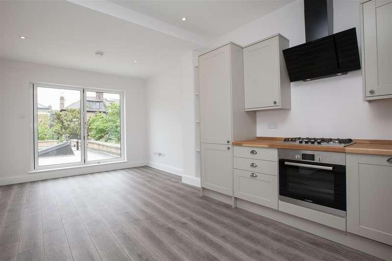 1 Bedroom Flat for sale in Blackstock Road, London