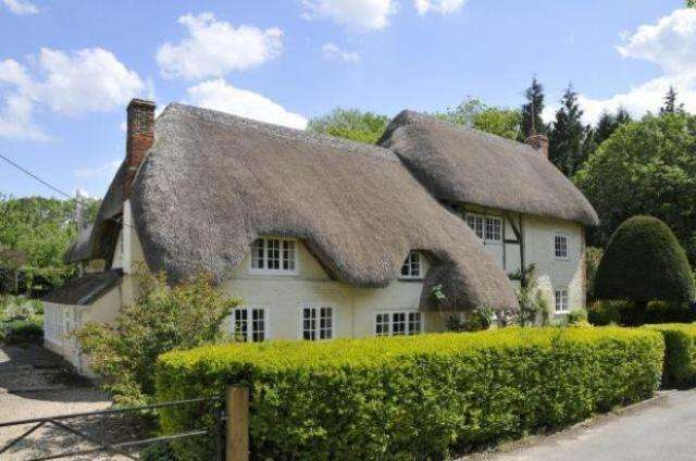 5 Bedrooms Cottage House for sale in FRENCHES FARM, LITTLE LONDON, ANDOVER SP11