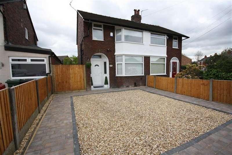 3 Bedrooms Semi Detached House for sale in Glebelands Road, Sale
