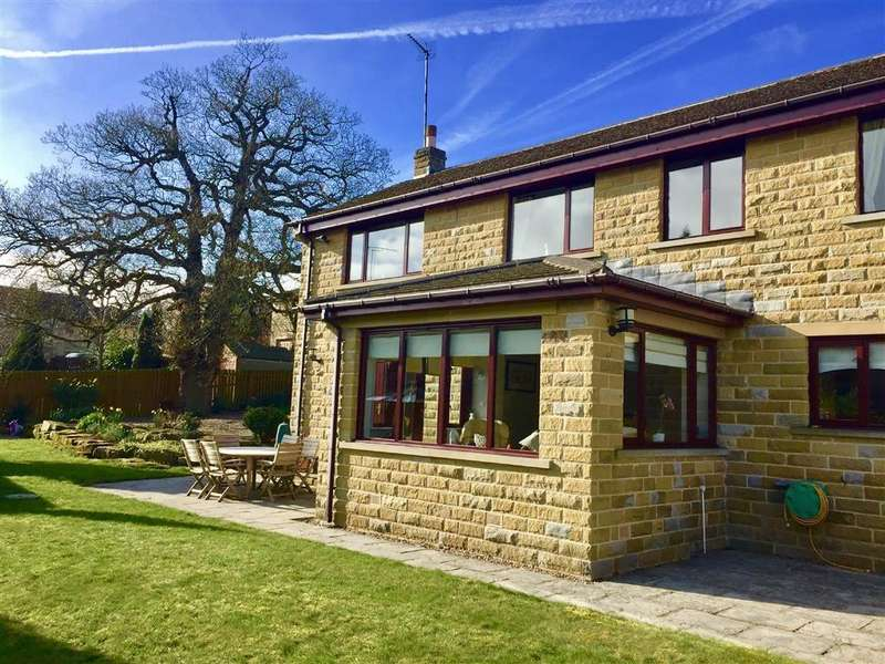 6 Bedrooms Detached House for sale in Carr View, Hepworth, Holmfirth, HD9