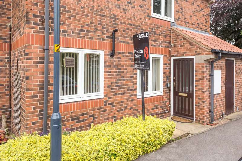 2 Bedrooms Flat for sale in Beech Grove, Selby, North Yorkshire, YO8