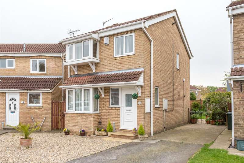 3 Bedrooms Detached House for sale in Bassett Close, Selby, YO8