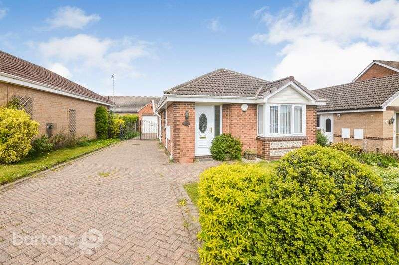2 Bedrooms Detached Bungalow for sale in Littlehey Close, Maltby, Rotherham
