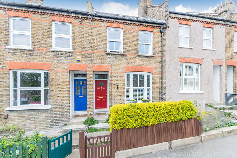 3 Bedrooms Terraced House for sale in Trenholme Road, , SE20