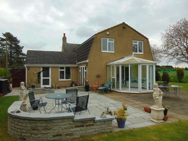 3 Bedrooms Detached House for sale in West end, Gorefield, Wisbech, Cambs, PE13 4PH