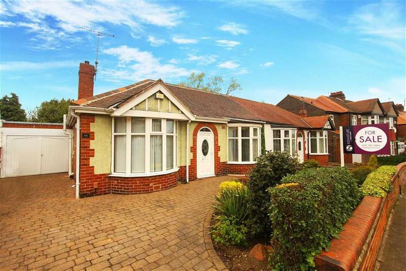 2 Bedrooms Bungalow for sale in Brantwood Avenue, Monkseaton, Tyne And Wear