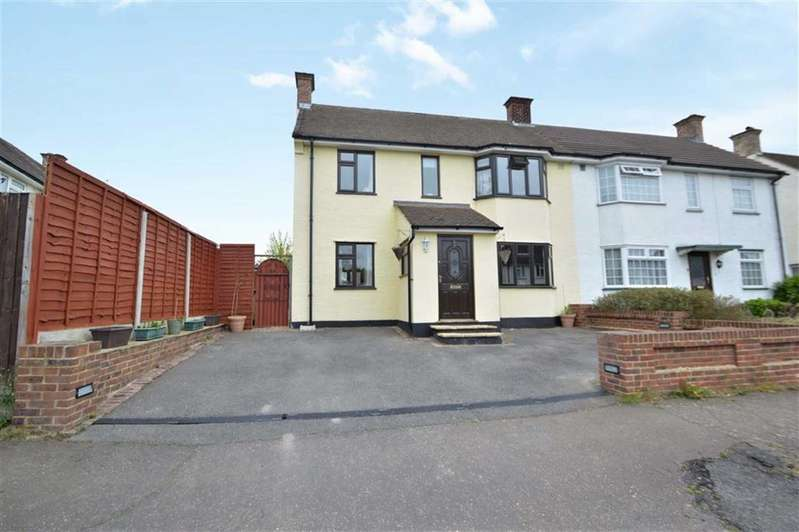 3 Bedrooms Property for sale in Graylands, Theydon Bois