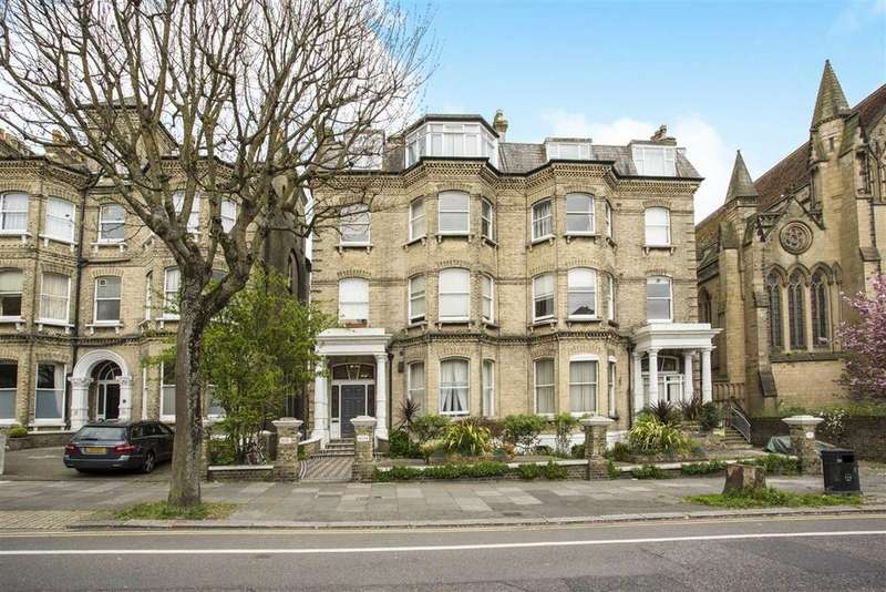 2 Bedrooms Flat for sale in The Drive, Hove