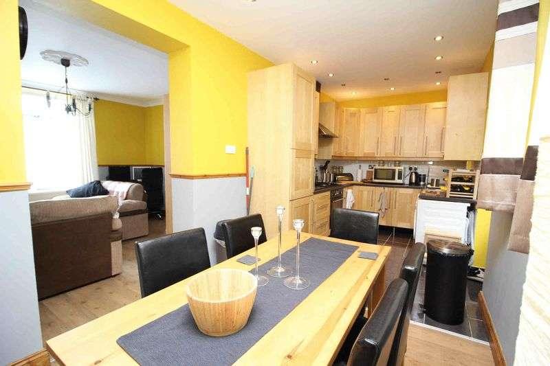 3 Bedrooms Terraced House for sale in Graig Terrace, Graig, Pontypridd CF37 1NH