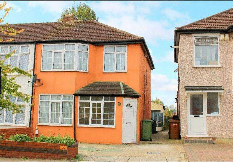 3 Bedrooms Terraced House for sale in Whitefriars Avenue, Harrow