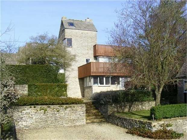 5 Bedrooms Detached House for sale in Bridge Street, Shilton, Burford, Oxfordshire