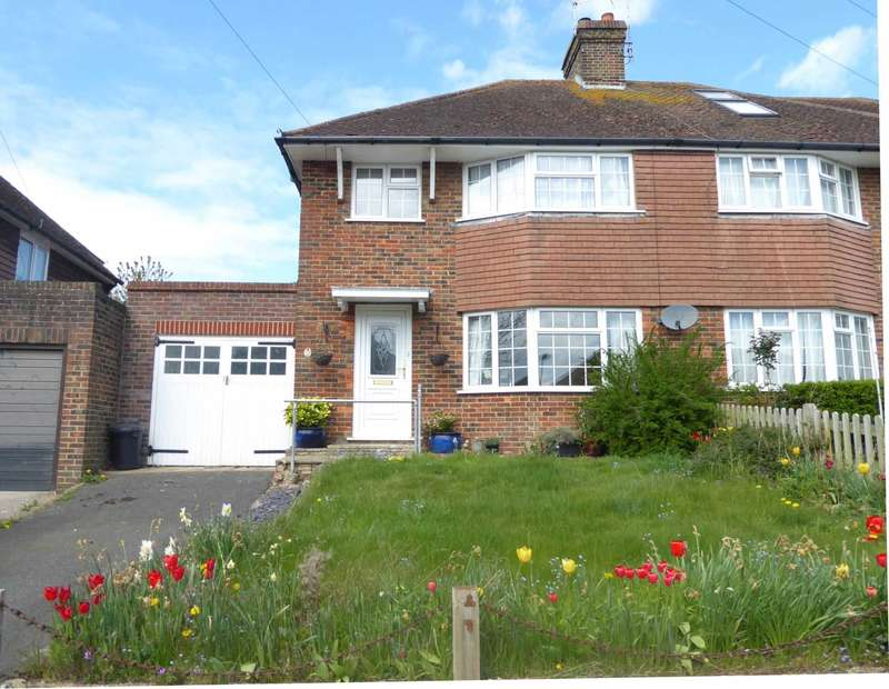 3 Bedrooms Semi Detached House for sale in Caburn Crescent, Lewes