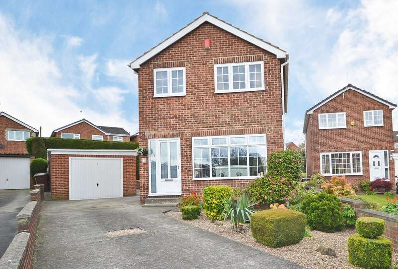 3 Bedrooms Detached House for sale in Newton Drive, Wakefield