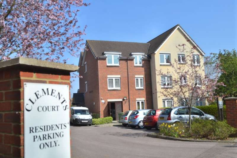 2 Bedrooms Property for sale in Clements Court,Sheepcot Lane, Watford