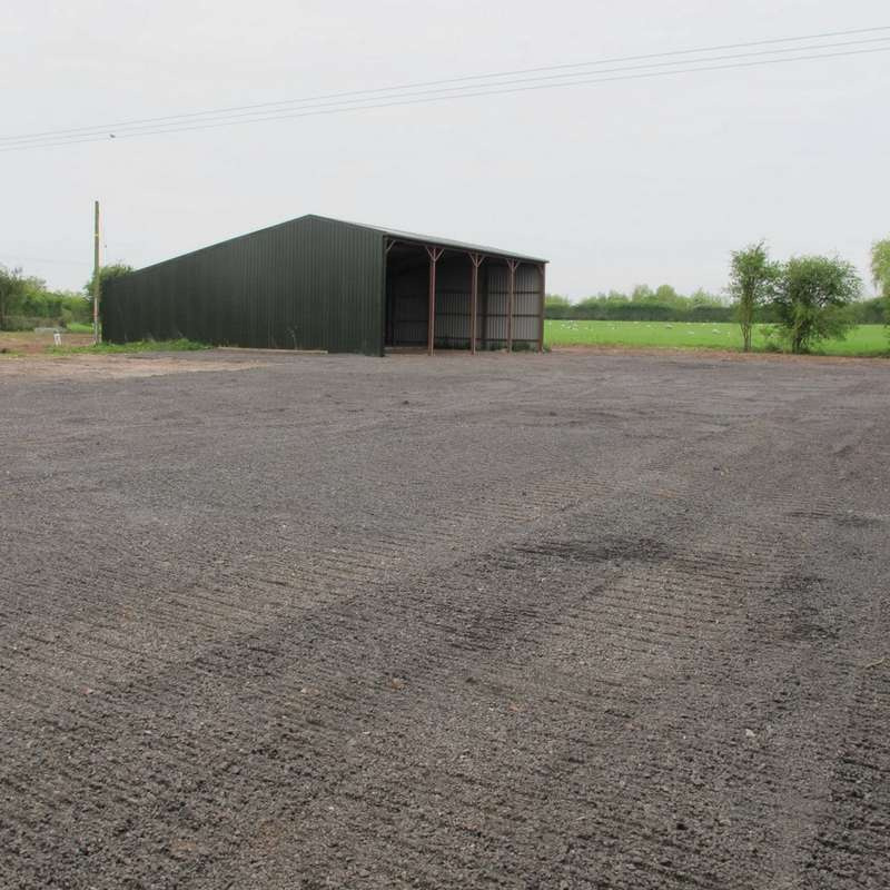 Light Industrial Commercial for rent in Droitwich Road, Bromsgrove, B60