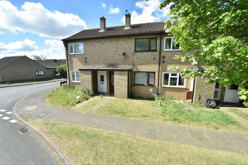2 Bedrooms Terraced House for sale in Roebuck Drive, Lakenheath, Brandon