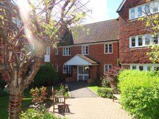 1 Bedroom Flat for sale in Barton Mill Court, Station Road West, Canterbury, Kent
