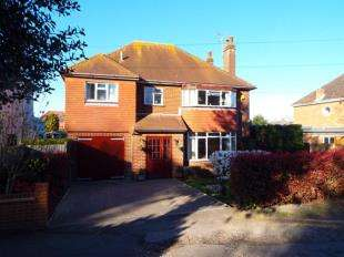 4 Bedrooms Detached House for sale in London Road, Faversham, Kent