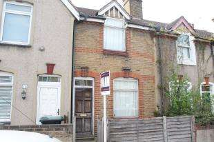 2 Bedrooms Terraced House for sale in All Saints Road, Northfleet, Gravesend, Kent