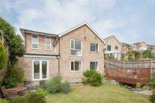 4 Bedrooms Bungalow for sale in Wanderdown Close, Ovingdean, Brighton, East Sussex