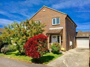 4 Bedrooms Detached House for sale in Osprey Gardens, Bognor Regis, West Sussex